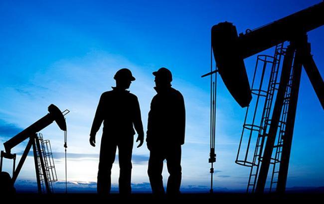Світові ціни на нафту торгуються нижче 50 дол. за барель