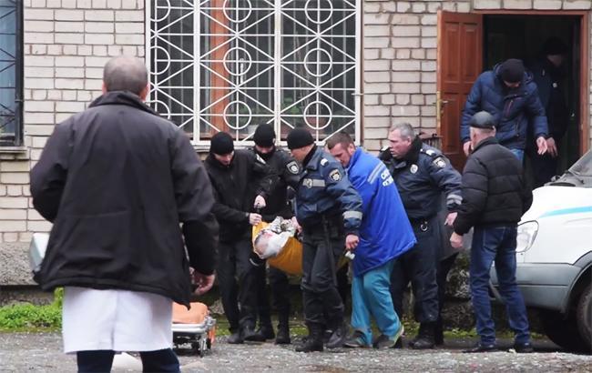 """Фото: місце вибуху в суді Дніпропетровської області (Youtube ГО """"Прихист"""")"""