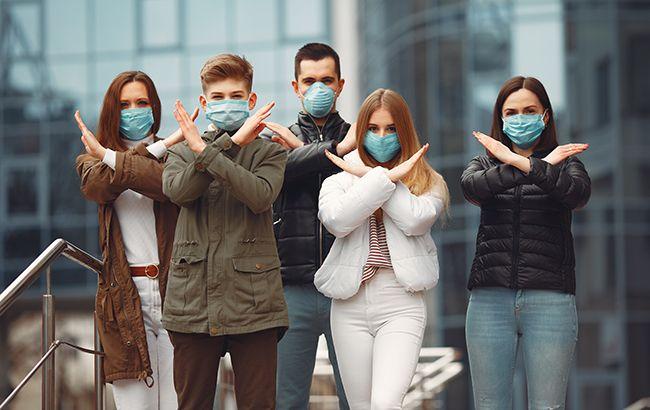 Украина ужесточила карантин: какие маски запрещено использовать