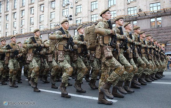 Стало відомо, скільки чоловіків призвали в армію за роки війни (інфографіка)