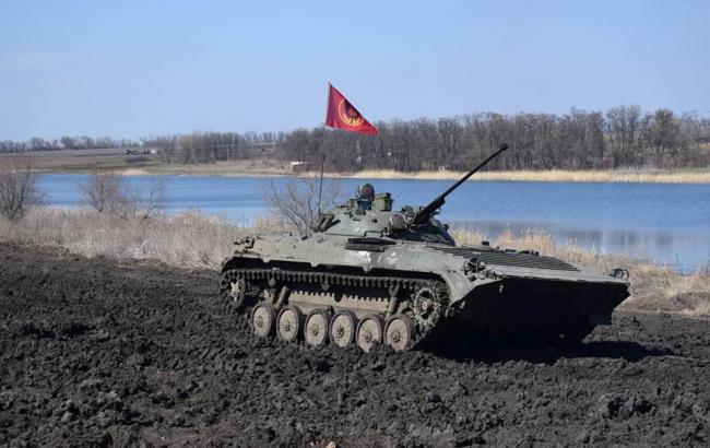 На Донбасі за добу поранено 5 українських військових