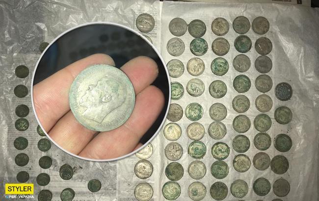 Справжні скарби: у Києві знайшли колекцію старовинних монет