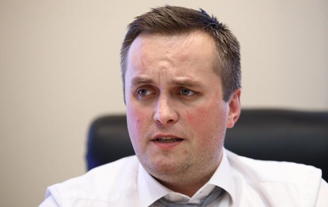 Антикорупційні війни: чому хочуть звільнити Назара Холодницкого