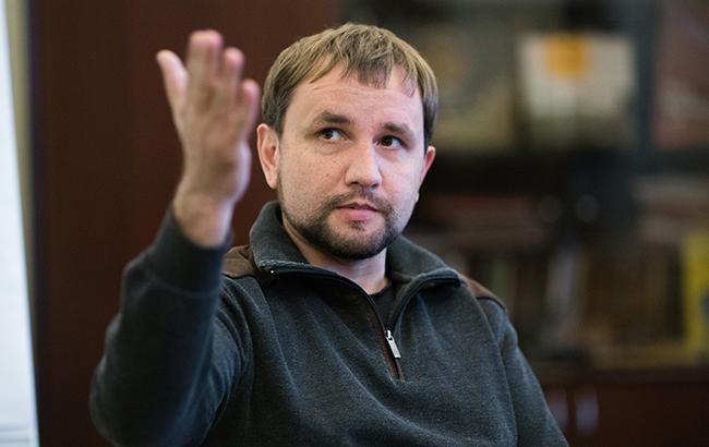 Вятрович рассказал, как декоммунизация поможет победить в войне против РФ