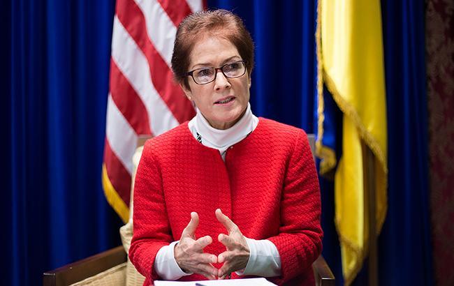 Украина должна восстановить выплаты жителям неподконтрольного Донбасса— Посол США