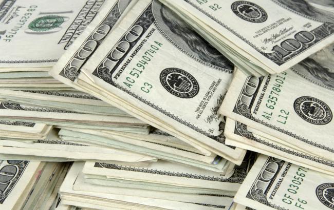 Курс долара на міжбанку в 11:40 виріс до 25,60 гривень
