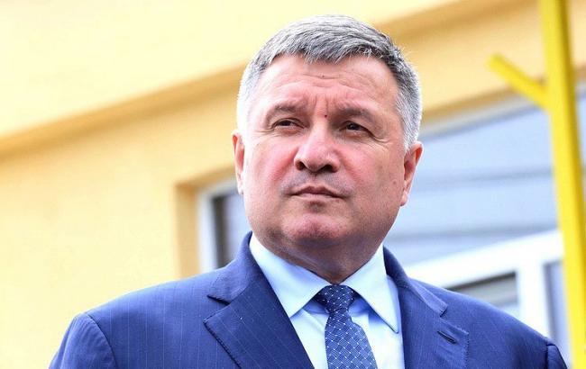 Аваков: Кабмін не планує реагувати на проміжні рішення судів щодо Бочковського