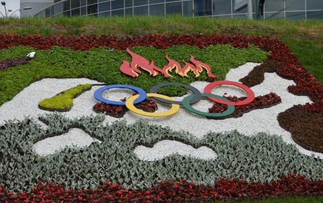 У Києві висадили квіткову клумбу, присвячену Олімпійському чемпіону