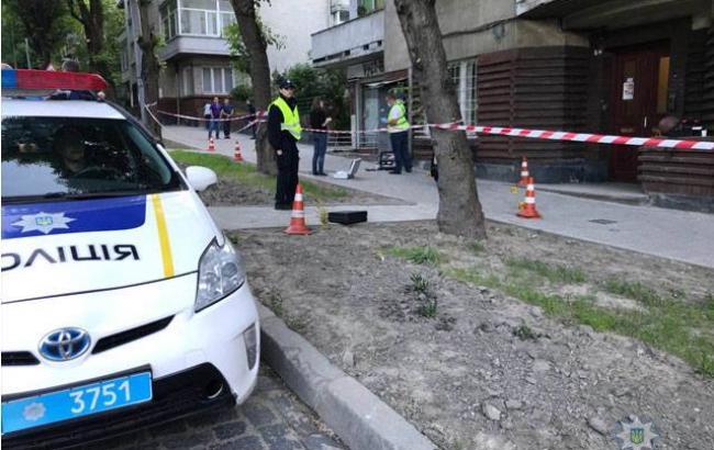 Фото: место происшествия (facebook.com/MVS.LVIV)