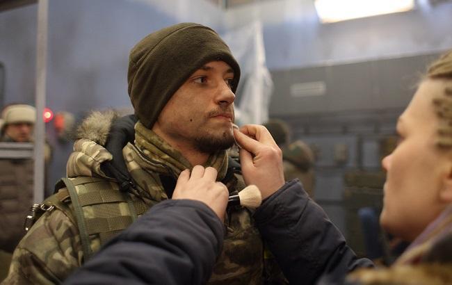"""Фото: """"Кіборга"""" готують до зйомок (РБК-Україна)"""