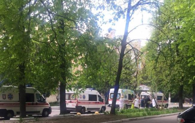 """""""Наш спільний біль"""": волонтер повідомила, що у Київ доставили новий борт з пораненими вояками"""
