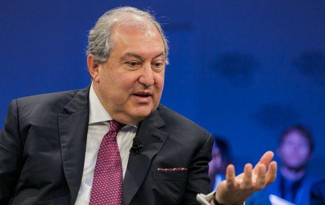Президент Армении выступил за отставку правительства Пашиняна