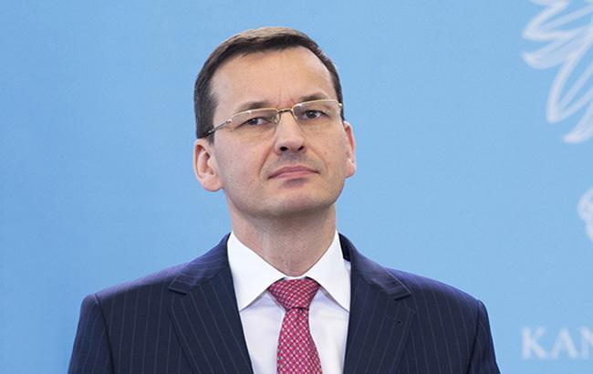 Прем'єр-міністр Польщі пропонує переглянути скандальний закон про ІНП