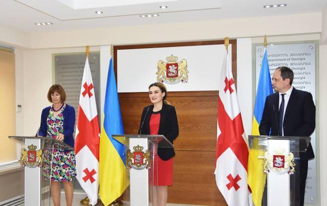 Фото: Вадим Черниш на зустрічі з Кетеван Цихелашвілі (http://mtot.gov.ua)
