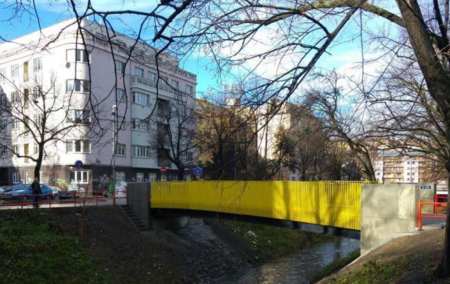 Фото: міст у Чехії (facebook.com/yevhen.perebyinis)
