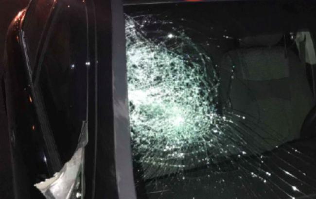 П'яним перебігав дорогу: у Києві на Одеській трасі збили чоловіка