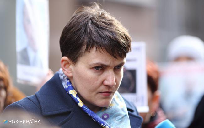 Савченко подтвердила, что пришла в парламент с оружием (Фото: Виталий Носач/РБК-Украина)