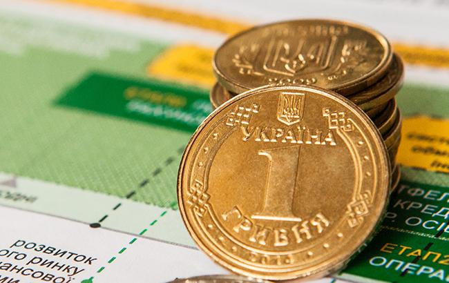 Фото: курс доллара на межбанке снизился (РБК-Украина)