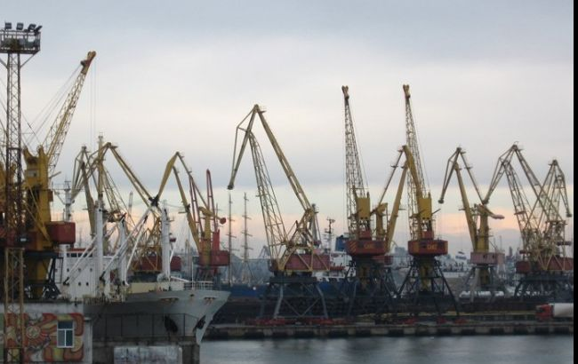 """Порт """"Південний"""" в Одеській області відновив роботу"""
