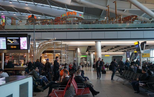 Британия планирует ввести обязательную проверку на COVID-19 в аэропортах