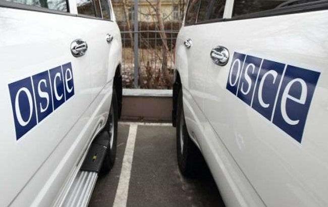 Порошенко: НаДонбассе нужно сделать вооруженные посты миссии ОБСЕ