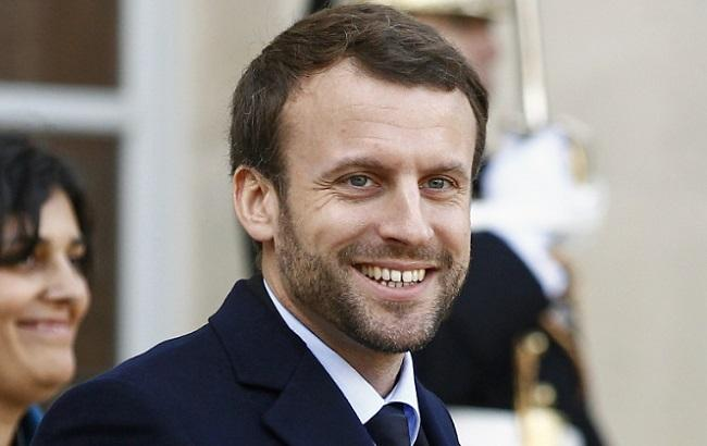 Выборы во Франции: Макрон побеждает в заморских территориях