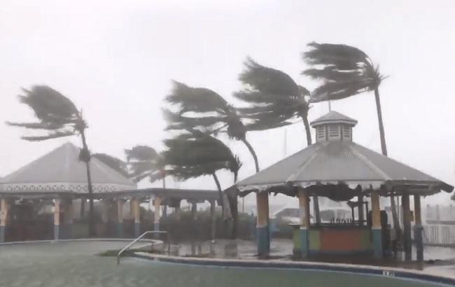 """Ураган """"Ірма"""" вдарив по США, є перші жертви"""