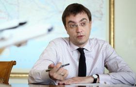 """Владимир Омелян рассказал РБК-Украина уверен, что в стране авиасообщение должно быть таким же привычным как поездка в """"маршрутке"""""""