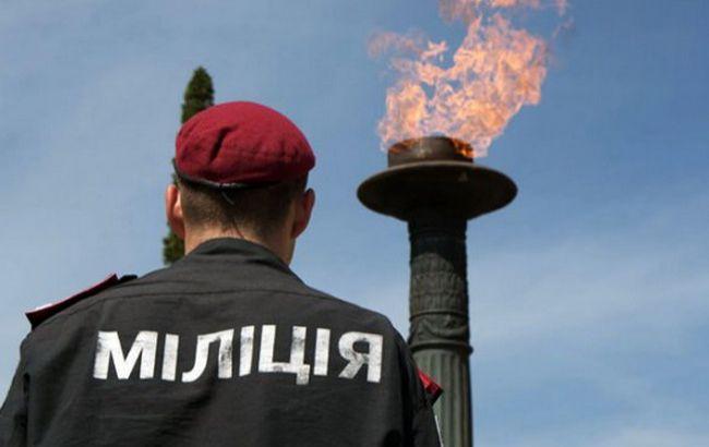День Победы: во Львове избит мужчина за провокации и красный флаг