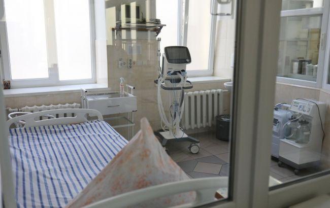 Во Львовской области уволили директора больницы, где умерли два пациента на ИВЛ