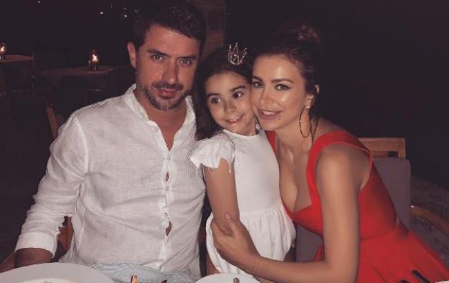Фото: Ани Лорак с мужем и дочкой (instagram.com/anilorak)