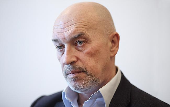 По словам Георгия Туки, на ремонт инфраструктуры подконтрольной части Донбасса необходимо 15 миллиардов долларов