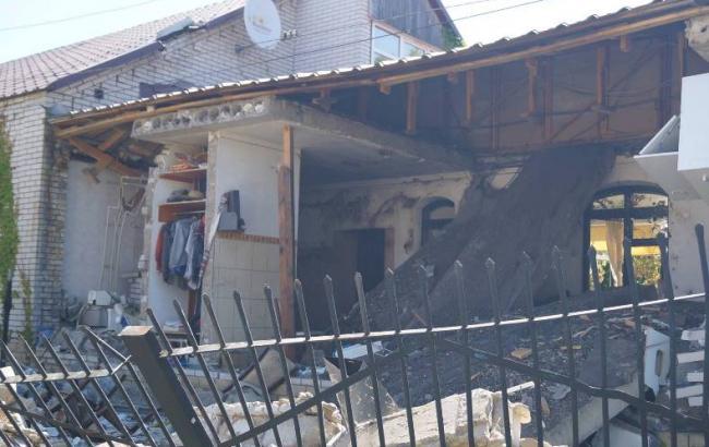 Фото: последствия взрыва (facebook.com/csomvd)
