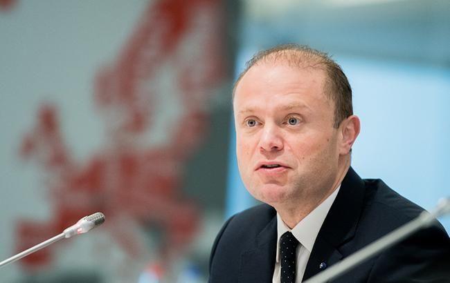 Прем'єр-міністр Мальти подає у відставку