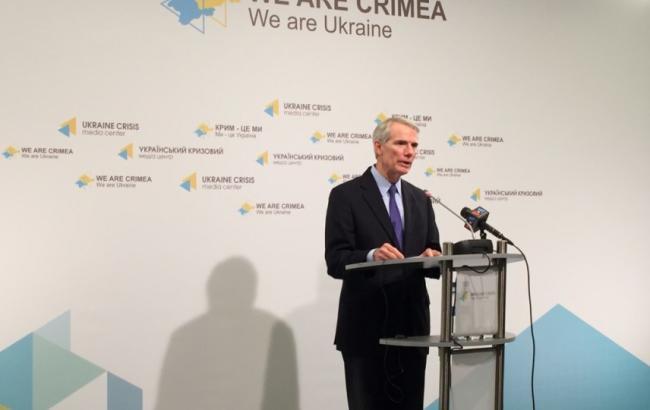 Сенат США наполягає на наданні зброї Україні до 1 жовтня