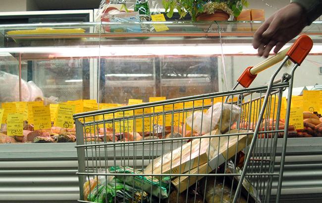 На фрукти 100 гривень: скільки українці витрачають на харчування