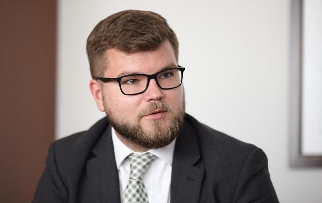"""Кабмін затвердив контракт з головою """"Укрзалізниці"""""""