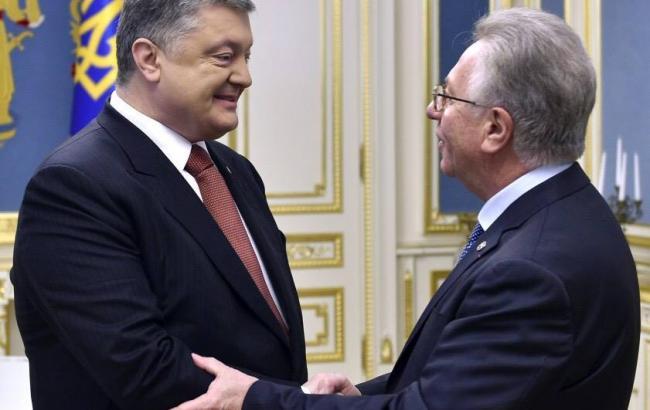 Фото: Петр Порошенко и Джанни Буккіккіо (facebook.com/petroporoshenko)