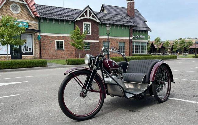 В Украине восстановили уникальный трицикл производства Киевского мотозавода