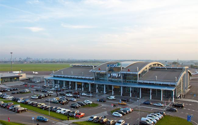 """Аэропорт """"Киев"""" эвакуируют в связи с сообщением о минировании"""