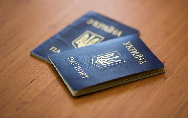 Стало известно, как будут проверять жителей Донбасса с биометрическими паспортами