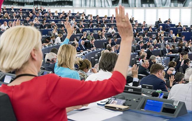 Європарламент підтримав скасування візового режиму для Косово