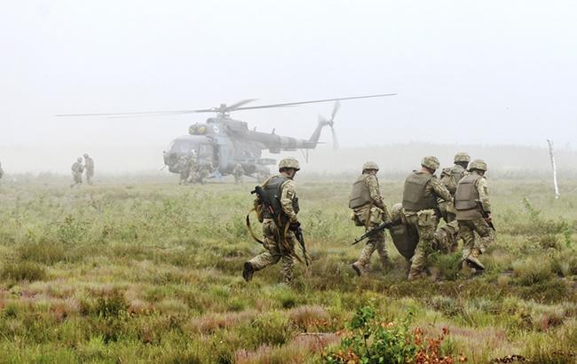 В зоне АТО трое военнослужащих получили ранения, - штаб