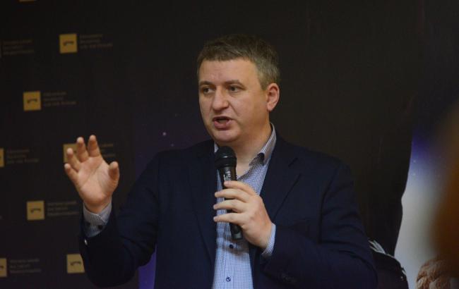 """""""Піддаються маніпуляціям"""": політолог назвав головні причини негараздів українців"""