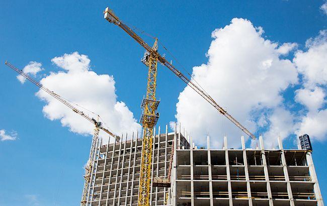 Падіння у будівництві за перший місяць кризи перевищило 10%