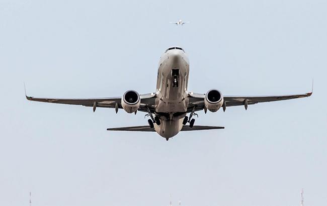 Фото: Boeing 737-800 NG (flickr.com Javi POlazar)