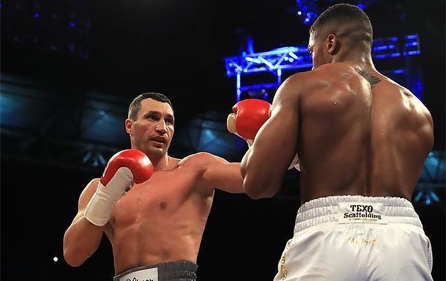 Поединок Кличко - Джошуа признан лучшим боем 2017 года по версии Fightnews