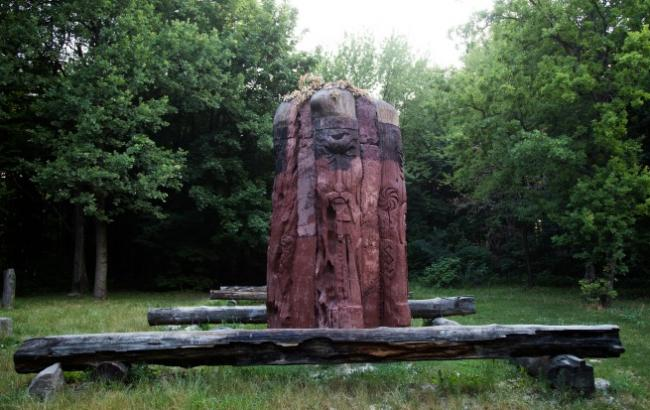 Фото: Языческое капище на Лысой горе (РБК-Украина)
