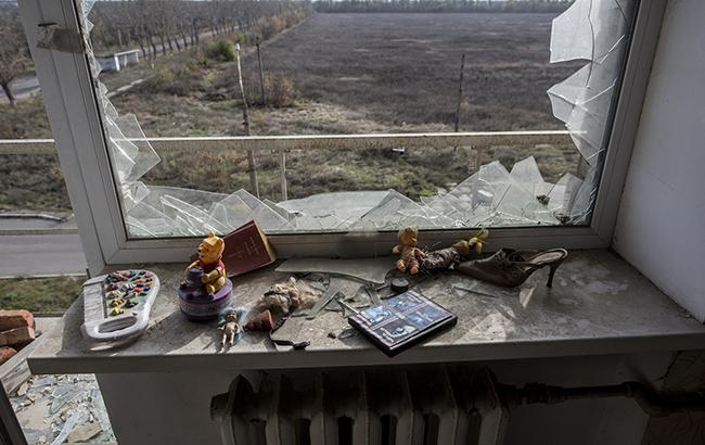 Фото: наслідки обстрілу житлових кварталів на Донбасі (flickr.com/osce)