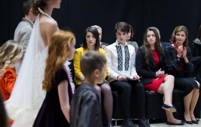 Семья Порошенко посетила показ UFW в поддержку детей с особыми потребностями